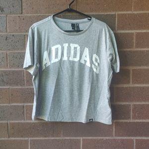 ADIDAS Flowy T-shirt